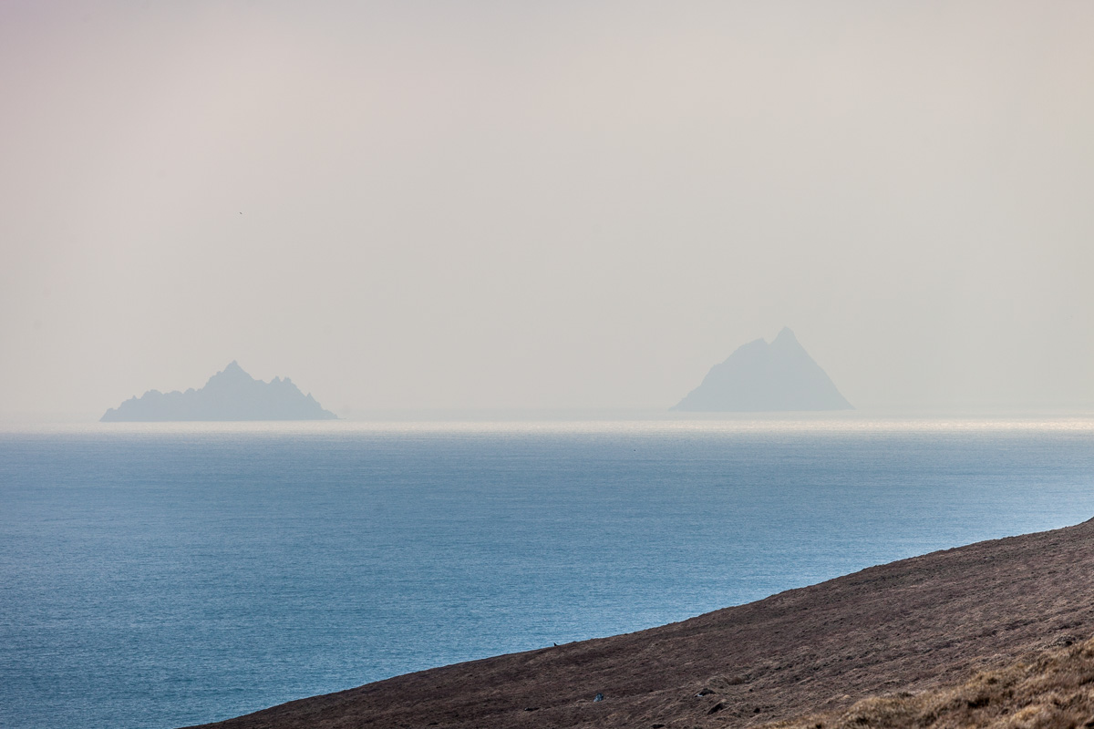 A view of the skellig Islands from Valentia Island - WCF-7022.jpg