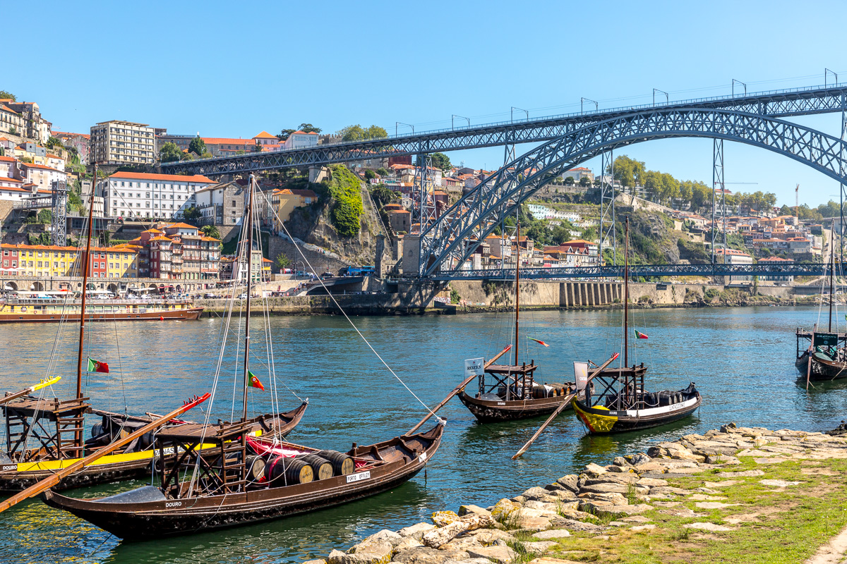 View of Porto from Vila Nova de Gaia and the Ponte Luís I bridge. - WCF-8541.jpg