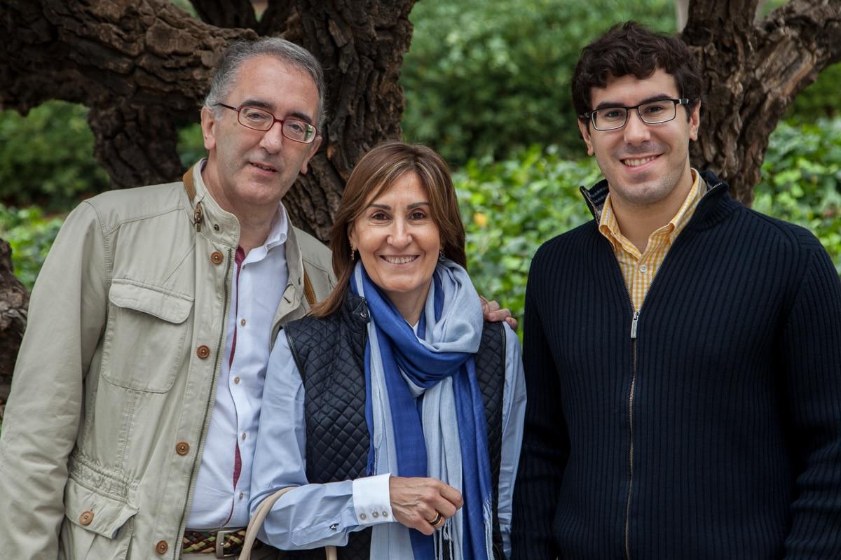 Miquel, Montserrat, and Josep. 3472