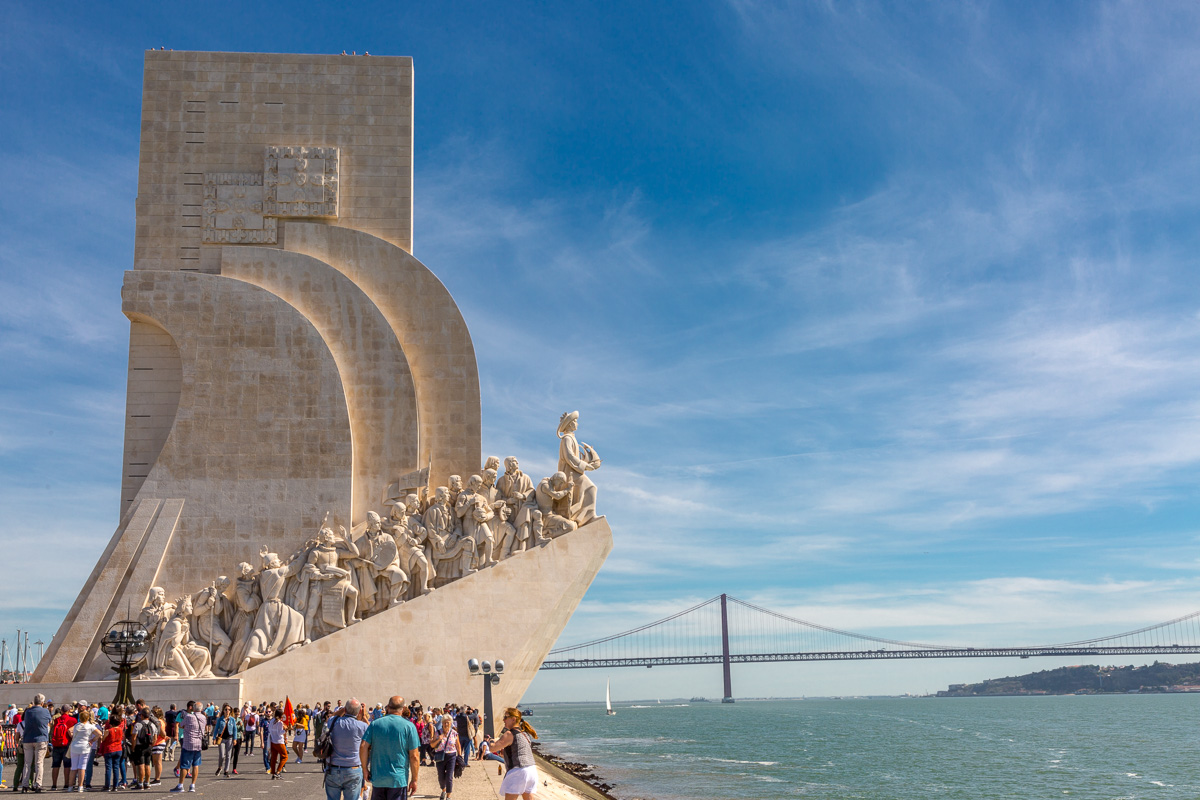 The Monument to the Discoveries with the Ponte 25 de Abril bridge in the distance.. - WCF-4929.jpg