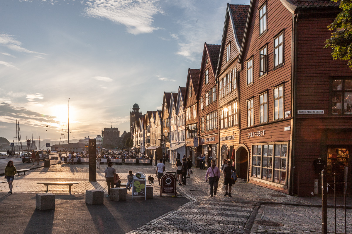 Bryggen at 9:30PM, well over an hour before sunset - WCF-0758.jpg