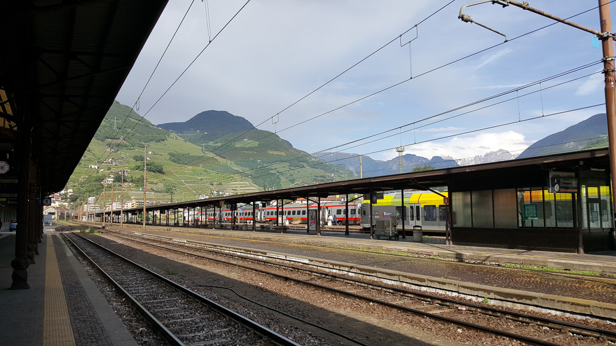 The rain cleared on e we were at the station ... - WCF-170747.jpg