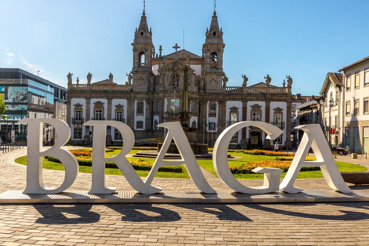On the Largo Carlos Amarante, the BRAGA sign with the Igreja de São Marcos in the background. - WCF-2058.jpg