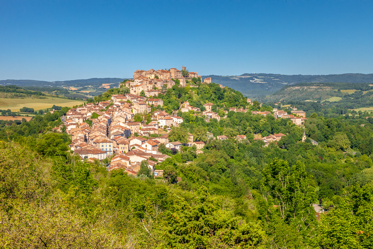Distant view of Cordes-sur-Ciel - WCF-2592.jpg