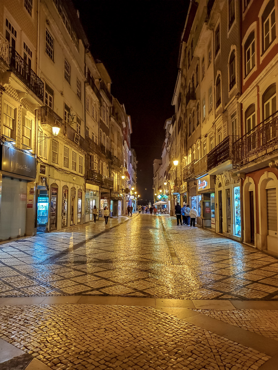 Coimbra at night. - WCF-210935.jpg