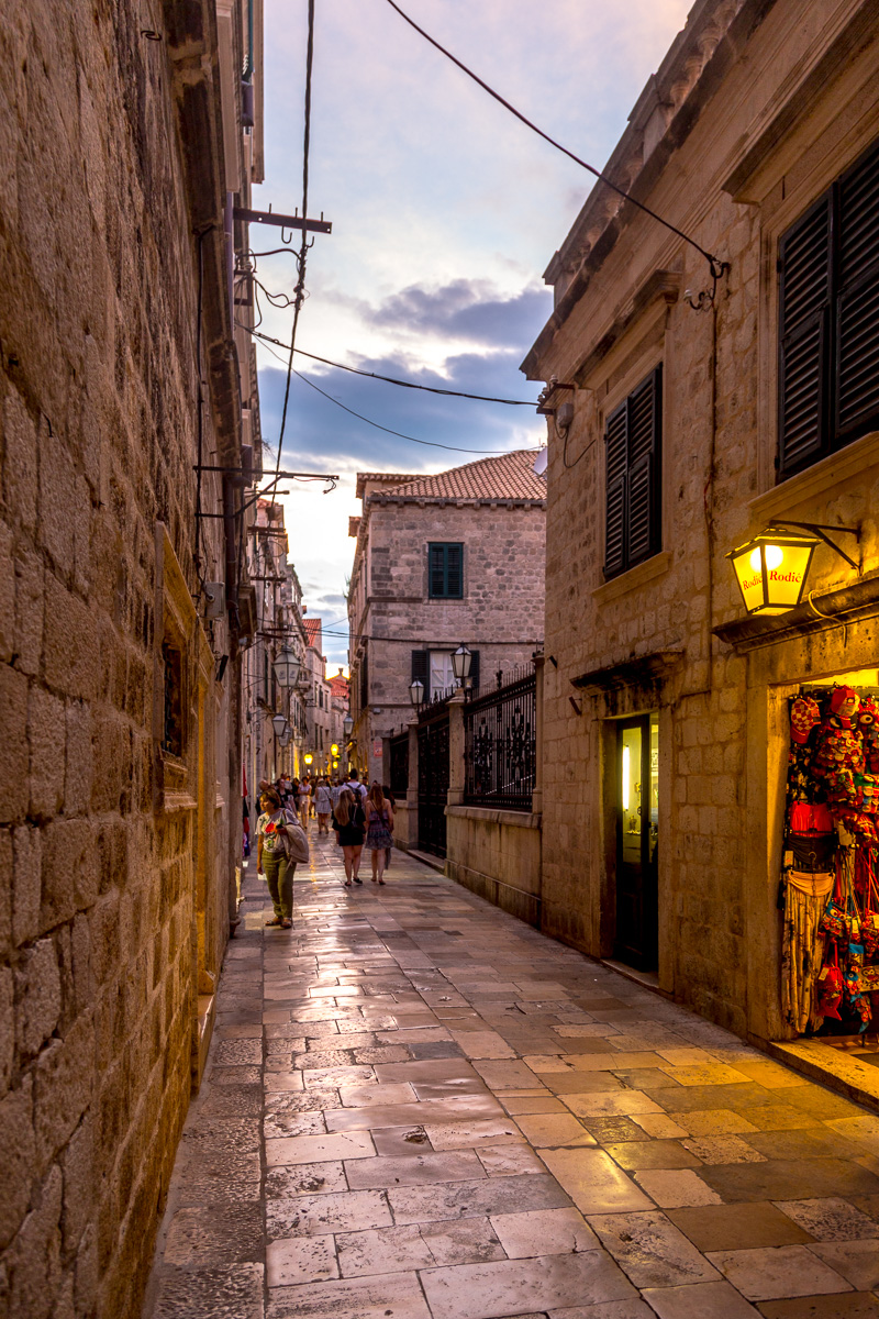 Evening in the streets of Dubrovnik. - WCF-2826.jpg