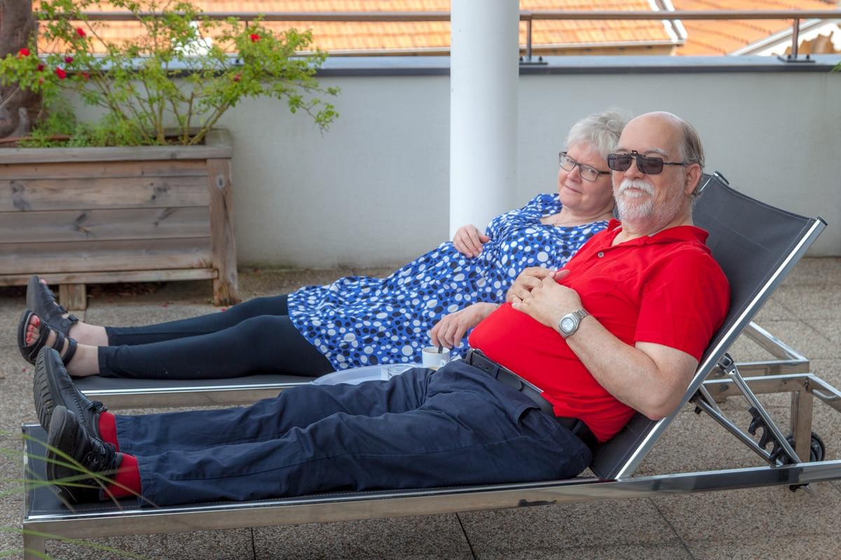 Niels and Jetta relaxing in Lyon - WCF-2081.jpg
