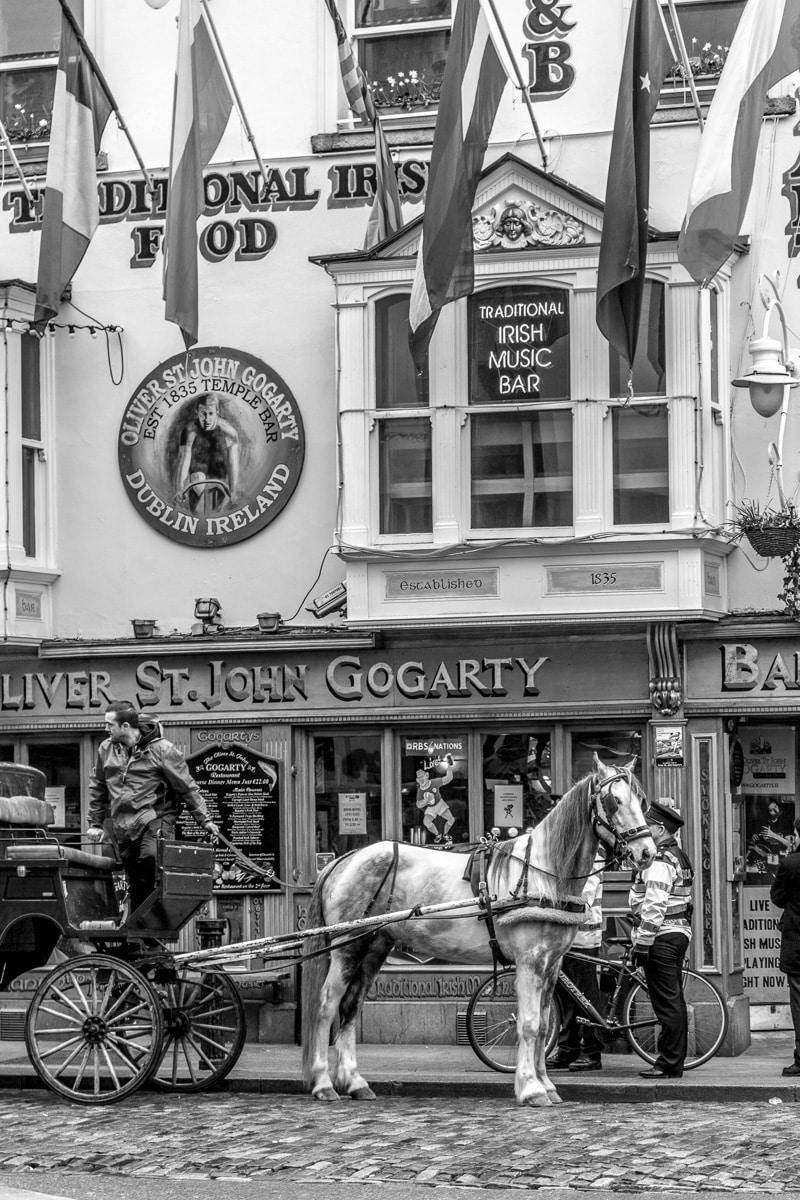 Dublin Street Scene WCF-6302.jpg