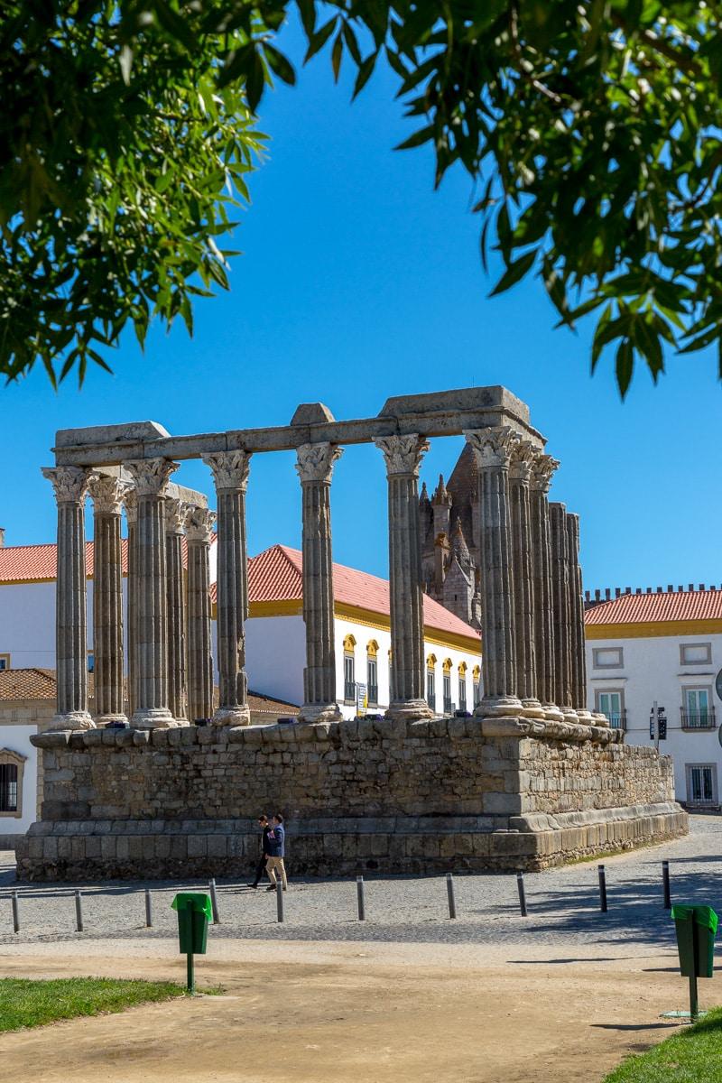 Templo Romano Évora - Corinthian temple built in the 1st century CE. - WCF-4027.jpg