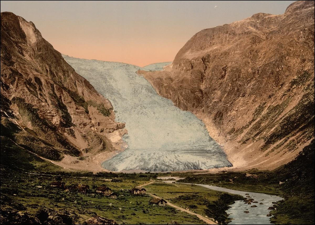 Bøyabreen glacier, 1900 - WCF-4.jpg