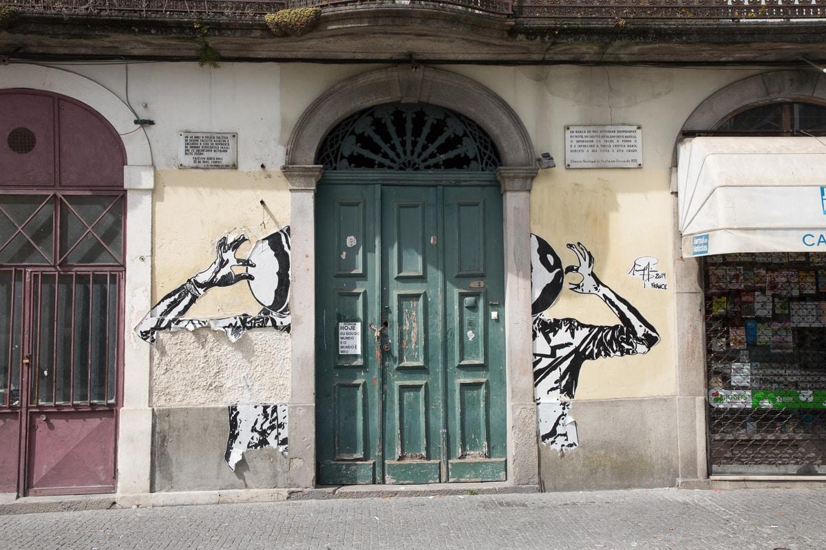 Street art near the Museu Nacional de Soares dos Reis - WCF-0771.jpg