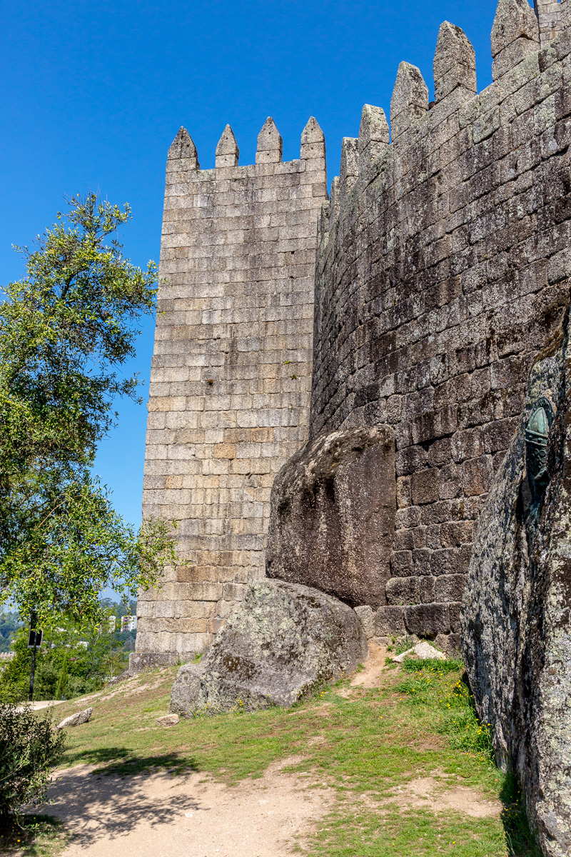 Castelo de Guimarães, a hilltop Romanesque castle, founded in the 1000s & thought to be the birthplace of Afonso Henriques. - WCF-0512.jpg