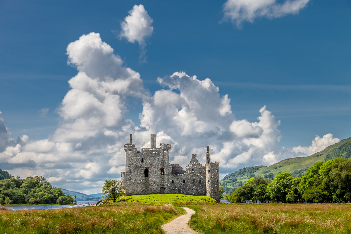 15th century Kilchurn Castle on Loch Awe - WCF-5700.jpg