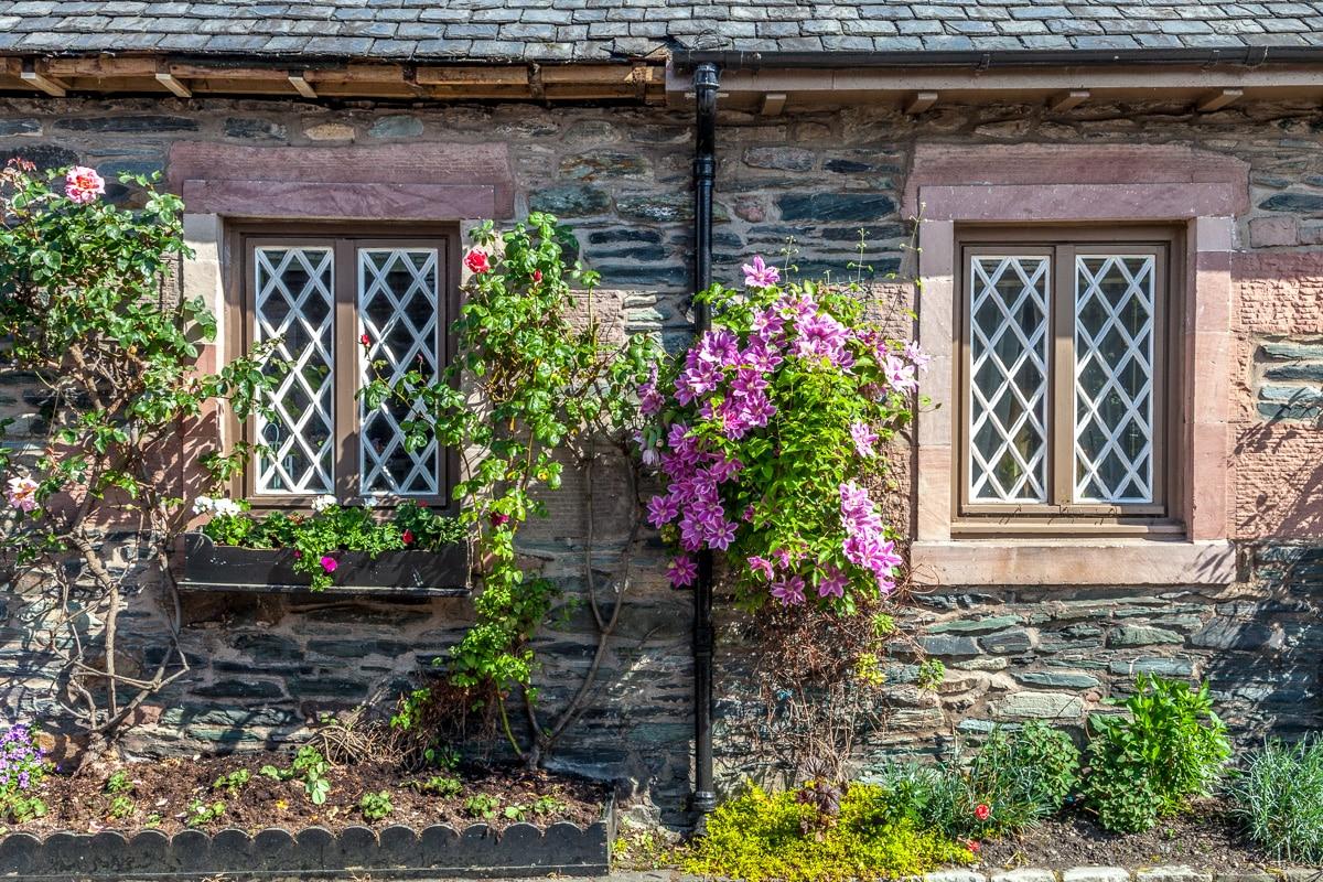In the village of Luss on Loch Lomond - WCF-5811.jpg
