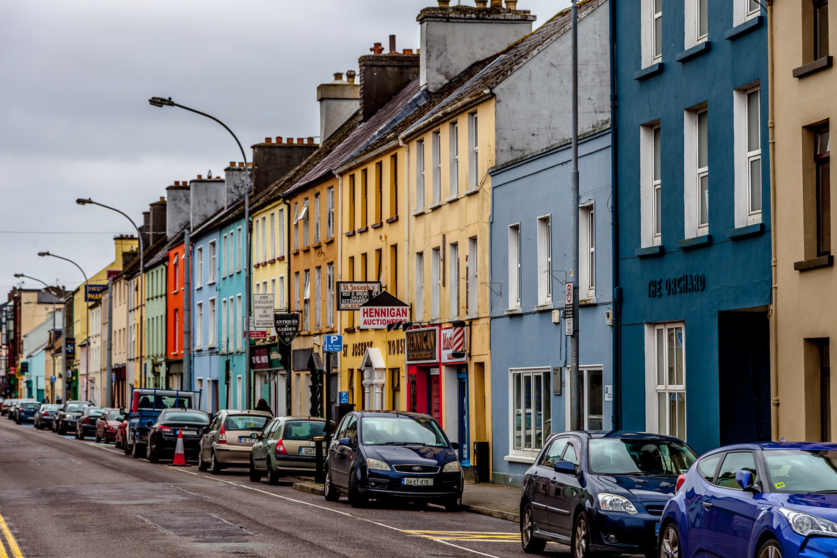 A street in Killarney WCF-6496.jpg