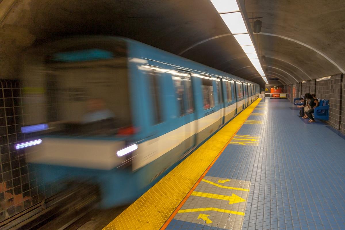 STM (Société de transport de Montréal) or Métro - WCF-3946.jpg