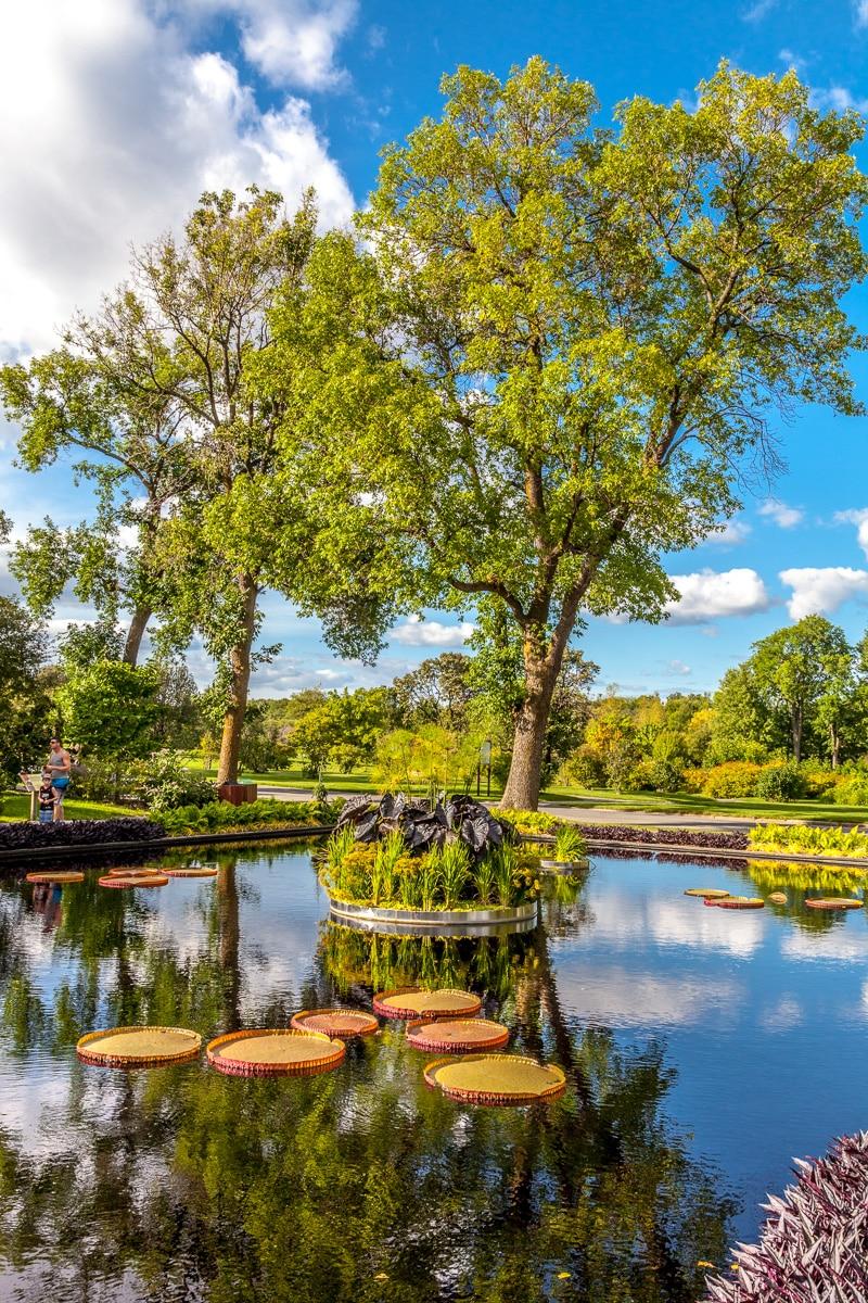 In the Jardin botanique de Montréal - WCF-3791.jpg