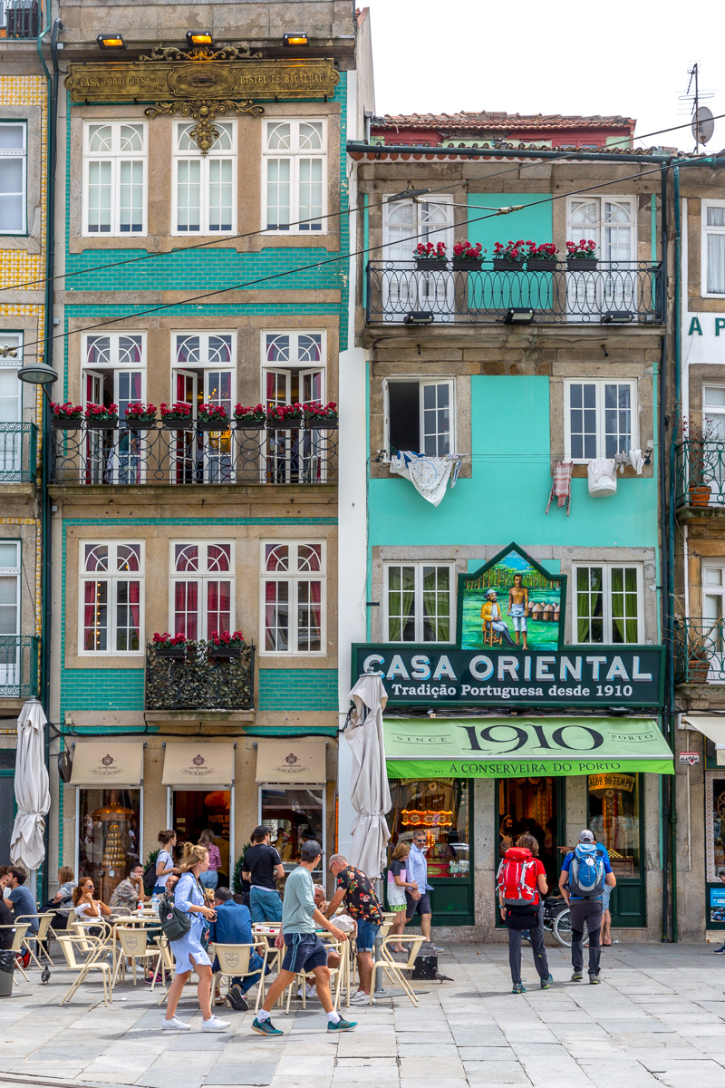 A street scene in Porto. - WCF-7960.jpg
