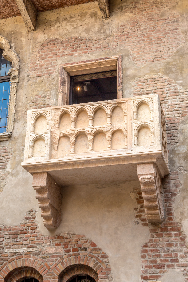 The Juliet balcony (?) - WCF-3441.jpg