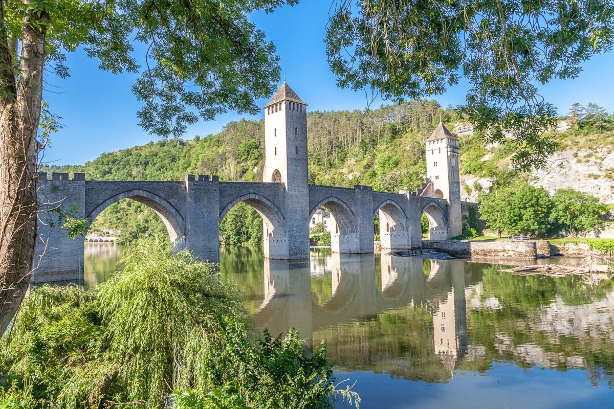 14th century Pont de Valentré, Cahors - WCF-.jpg