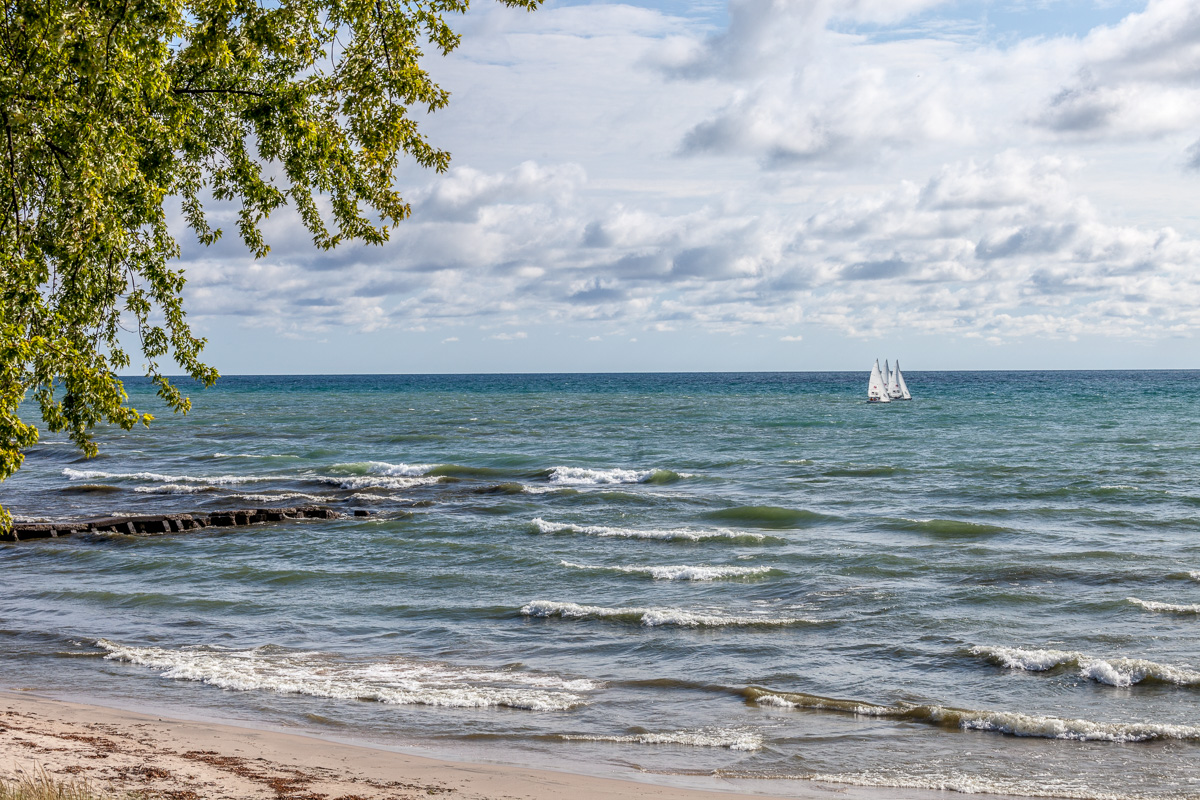 Sailboats racing on Lake Michigan - WCF-5215.jpg