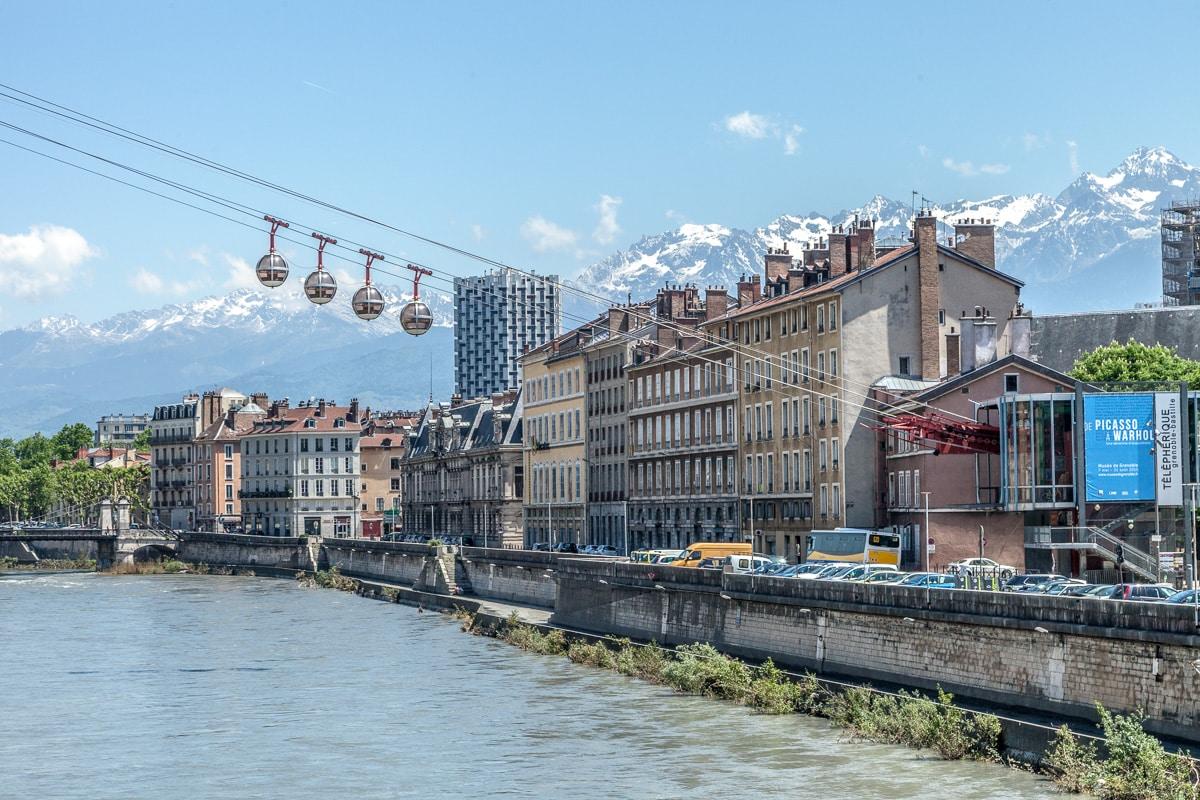 A Ride in a Bubble – Grenoble